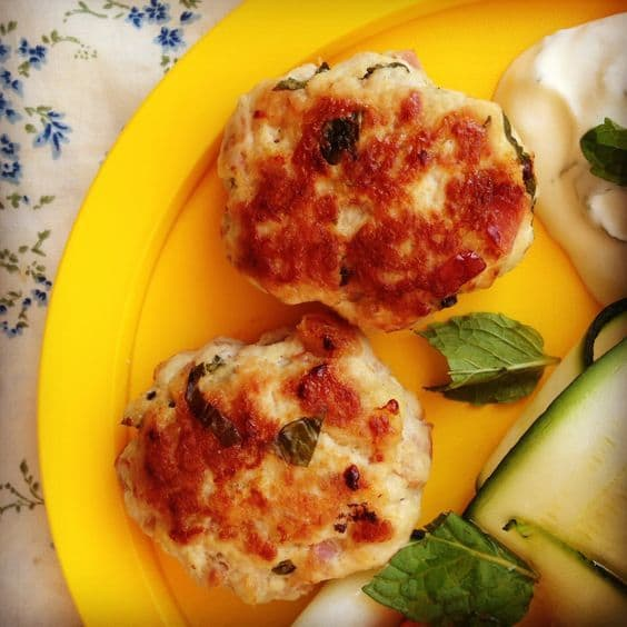 hot chicken cakes. -Baby-Led Weaning Chicken Recipes | Baby Journey