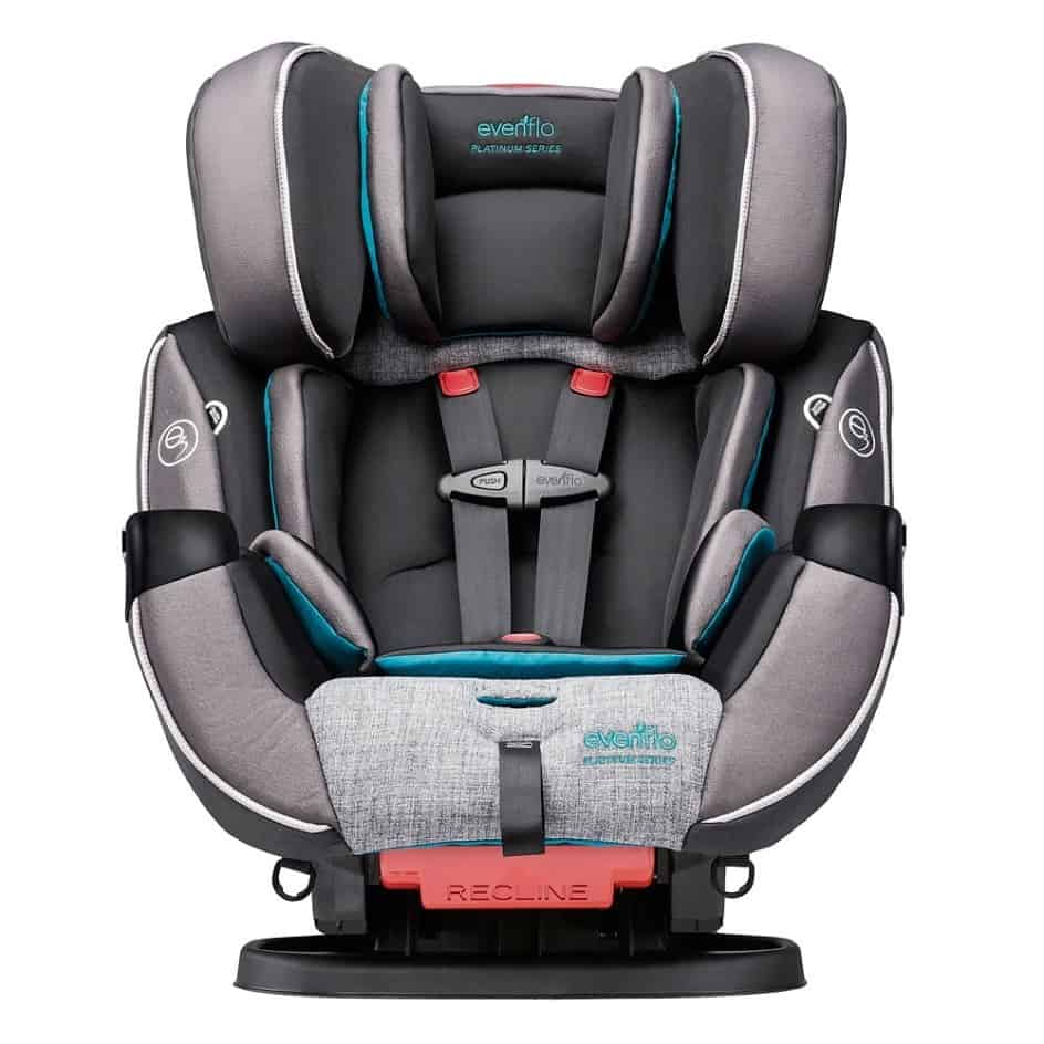 With its large design, the Symphony DLX is better suited for parents with bigger cars.