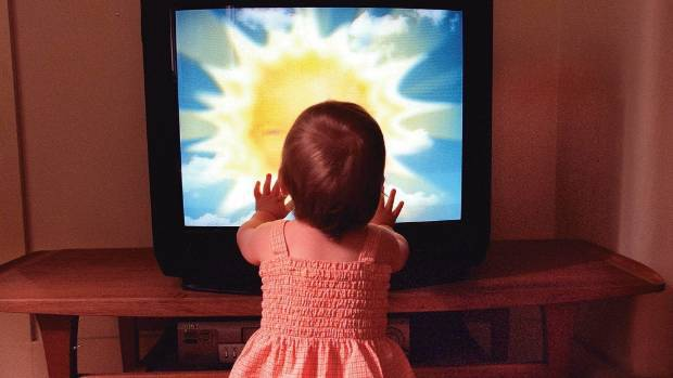 Many parents fear for their babies' eyesight when watching TV too closely