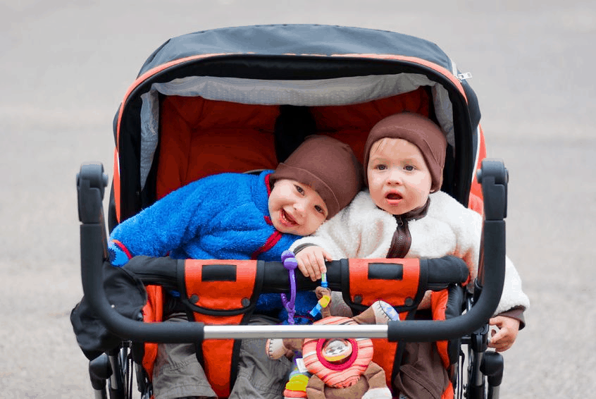 Deciding on the best side by side double stroller or a tandem double stroller can be a tough decision for new parents. - Best Side By Side Double Stroller | Baby Journey