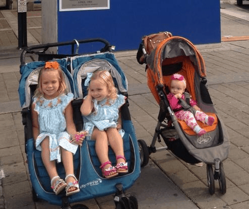 The best double stroller and single stroller both have their own perks and downsides heavily dependent on your family needs. - Best Double Stroller | Baby Journey