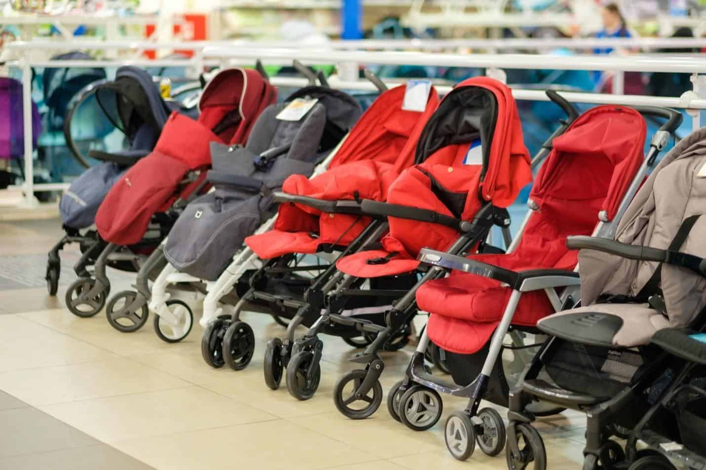 Choosing the best Infant strollers can be tough as they come in different shapes, sizes, prices, and with different features.  - Best Infant Strollers | Baby Journey