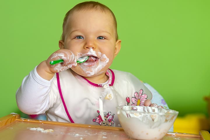 yoghurt - nutritious food for baby