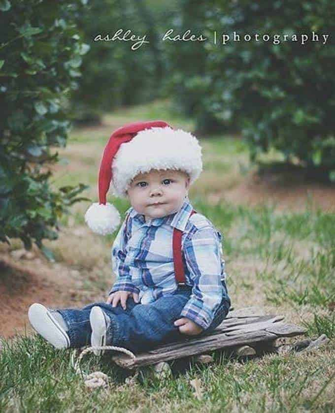outdoor christmas photography baby