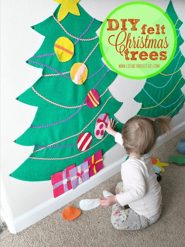 Create a toddler christmas trees by using felt.