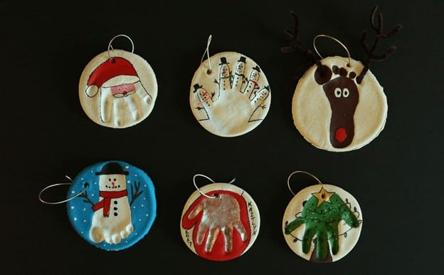 holiday activities for toddlers - salt dough handprint