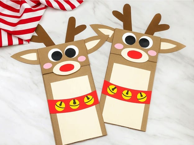 reindeer hand puppet for Christmas 2020 - holiday christmas craft for toddler