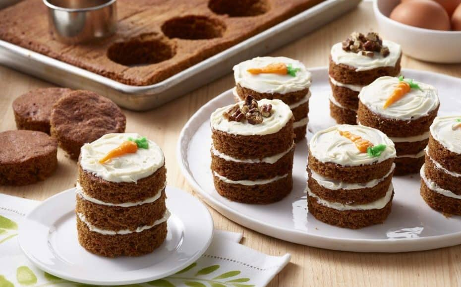 C:\Users\Rathore\Documents\Dec\30\Image-Carrot-Cake-Mini-Stacks-with-Cream-Cheese-Frosting-930x579.jpg