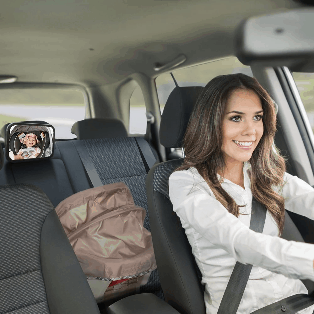Use car seat mirror to keep in contact with baby | Babyjourney