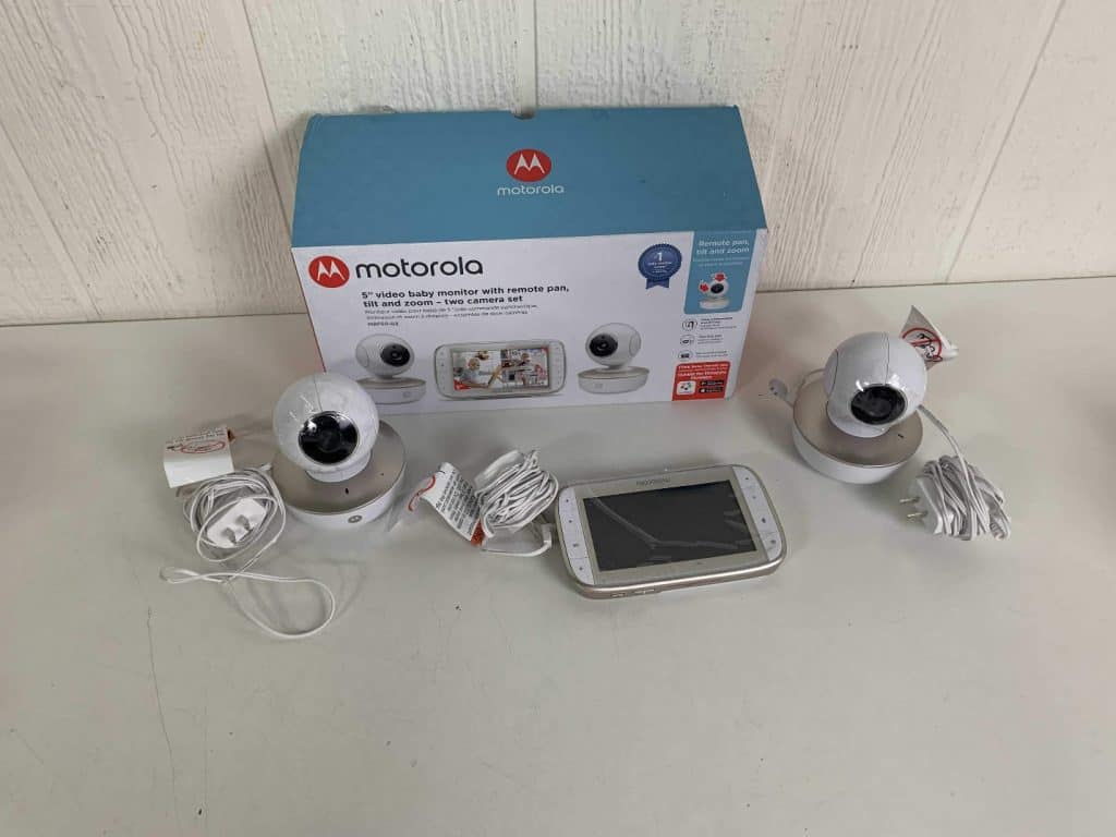 The Motorola MBP50-G2 package. -Summer Infant VS Motorola Baby Monitor Review | Baby Journey