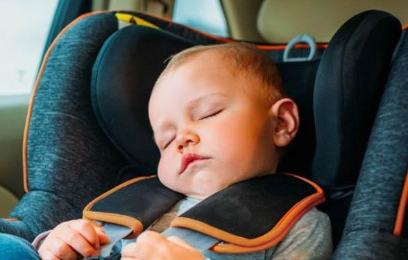 The proper head support is important for protection and comfort! - Best Budget Car Seat | Baby Journey