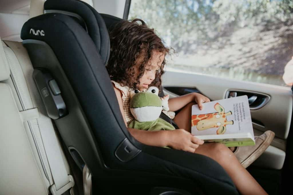 Kids can eat, drink, spit and spill things in the cars. Keeping the seat clean is not only hygienic but also prolongs seat cover lifespan. - Best Car Seat For 2 Year Old | Baby Journey