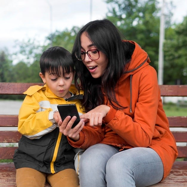 You should always communicate openly and clearly to your child on the effects of overusing cell phones and usage limits.- 9 Effective Cell Phone Rules for Younger Kids & Toddlers   Baby Journey