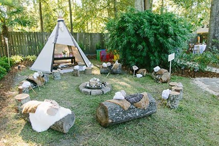 Raise a nature lover and pick a camping theme for his first birthday! Older children will love the theme, too! - The Ultimate Guide to Planning Your Baby's First Birthday l Baby Journey