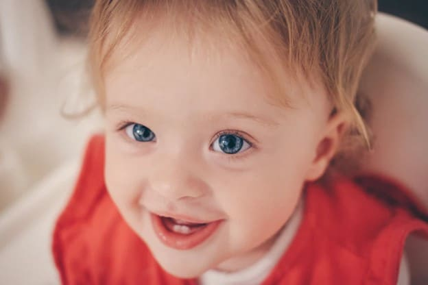 Brush those teeth as soon as they appear! -When To Start Brushing Baby's Teeth?  | Baby Journey