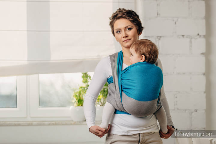 Front Carry Baby Wrap Tight Method that fully supports baby's back - How to Tie A Baby Wrap - Baby Journey blog