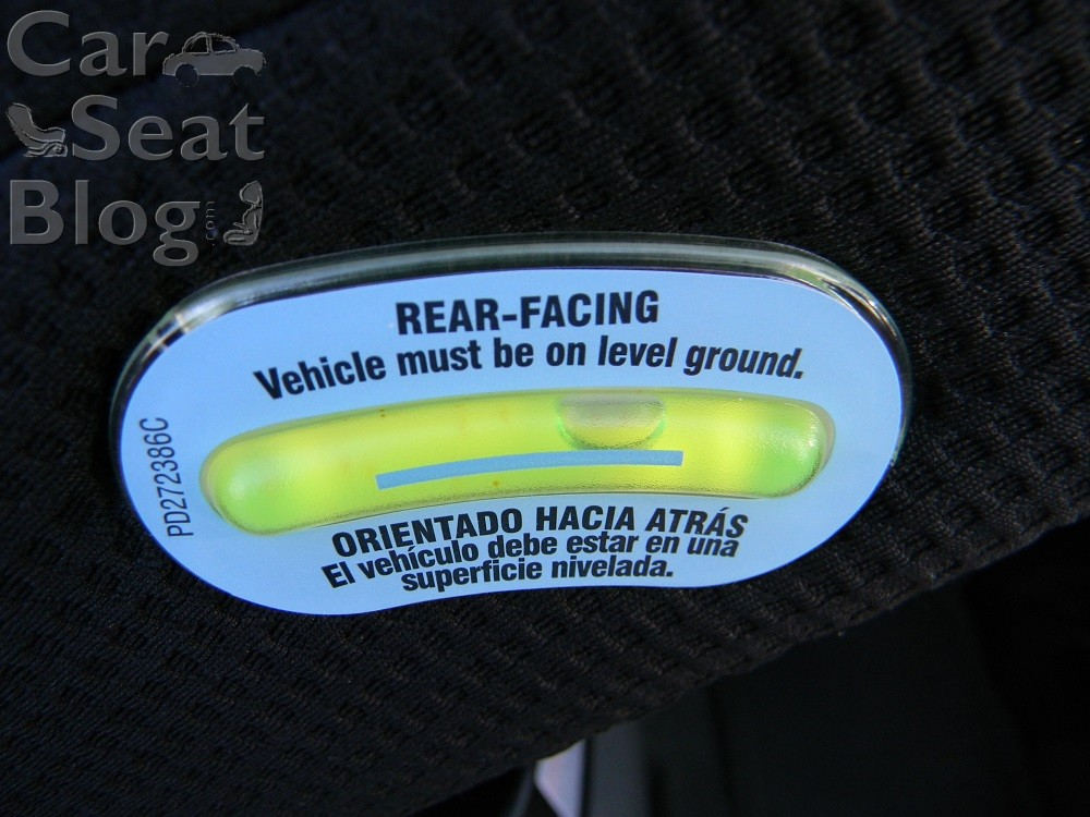 Bubble level indicator on the convertible car seat - Graco 4ever Car Seat Review - Baby Journey Blog