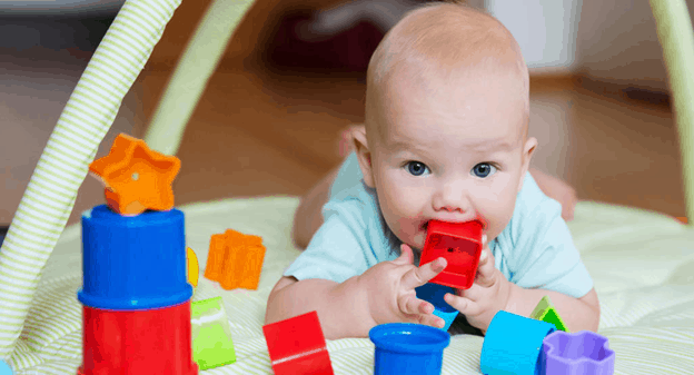 Children learn about their world by tasting - Why Do Kids Eat Glue? We Reveal The Mysteries Behind This Weird Behavior | Baby Journey Blog