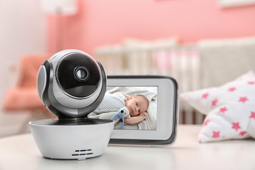 Baby Monitor Camera Range   Best Baby Monitor for Two Rooms   Baby Journey