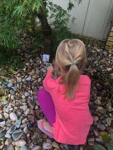 Finding for clues in the escape game - Kids Escape Quest Review - Baby Journey blog